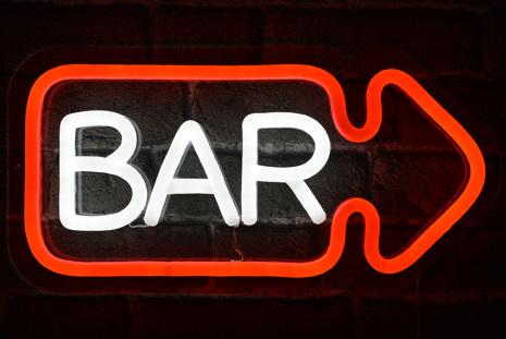 Bar Höger